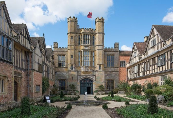 Coughton Court, used within permissions of DeFacto